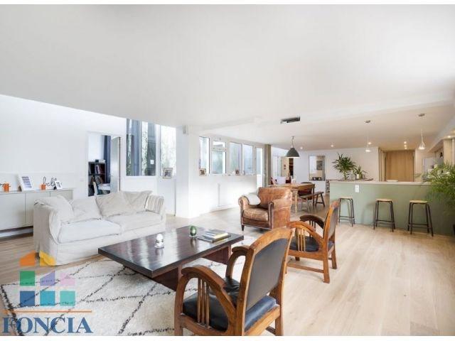 Deluxe sale apartment Suresnes 925000€ - Picture 1