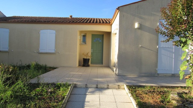 Vente maison / villa Saint-savinien 198 200€ - Photo 1