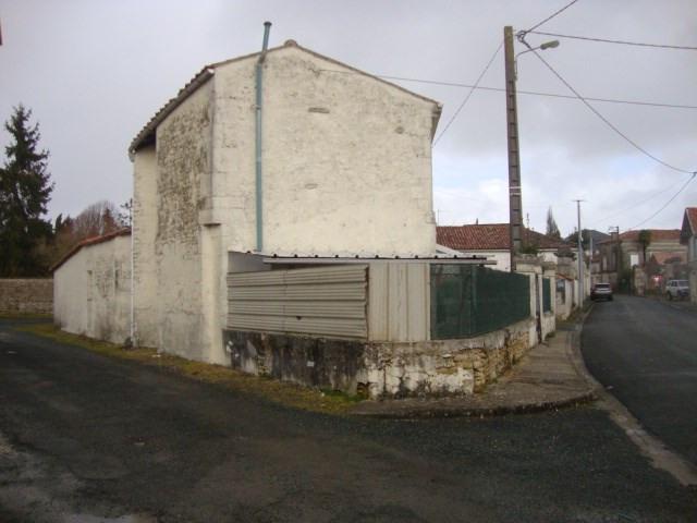 Vente maison / villa Aumagne 85600€ - Photo 2