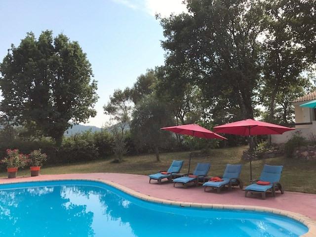 Revenda casa Bagnols-en-forêt 377000€ - Fotografia 3