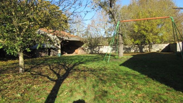 Sale house / villa Les églises-d'argenteuil 138000€ - Picture 2