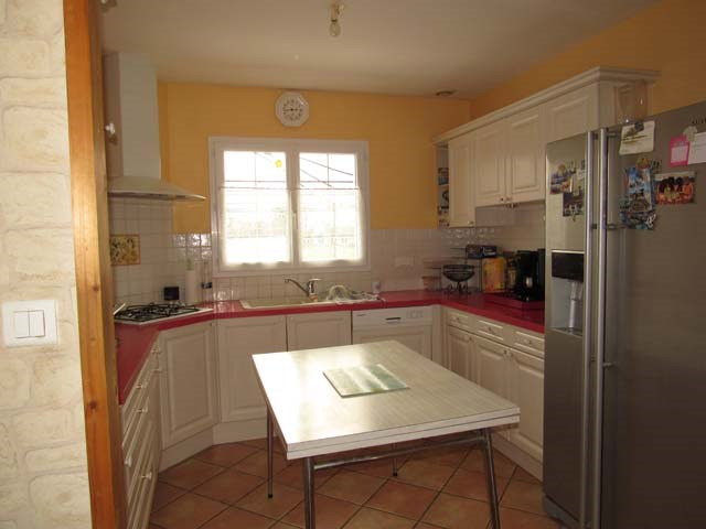 Sale house / villa Saint-pierre-de-l'isle 153750€ - Picture 4