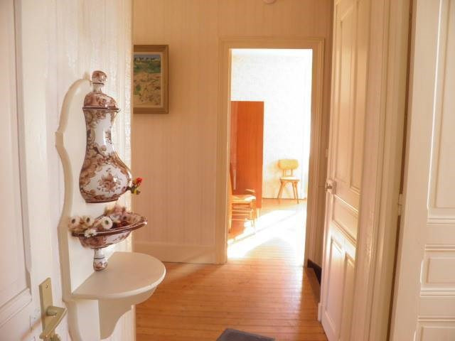 Sale house / villa Romenay 125000€ - Picture 5