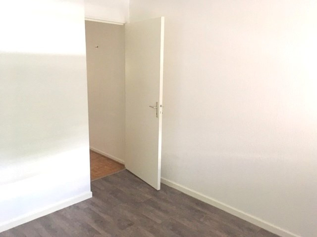 Location appartement Lyon 6ème 878€ CC - Photo 8