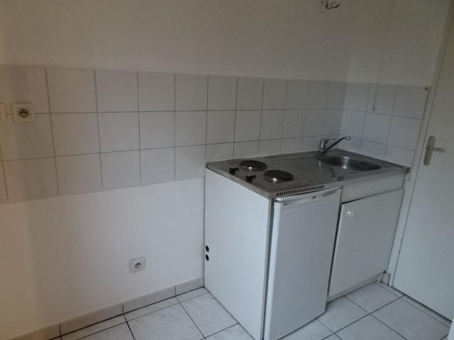 Location appartement Villefranche sur saone 469,66€ CC - Photo 3