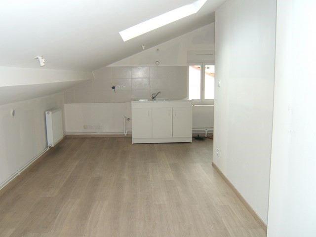 Locação apartamento Roche-la-moliere 363€ CC - Fotografia 1