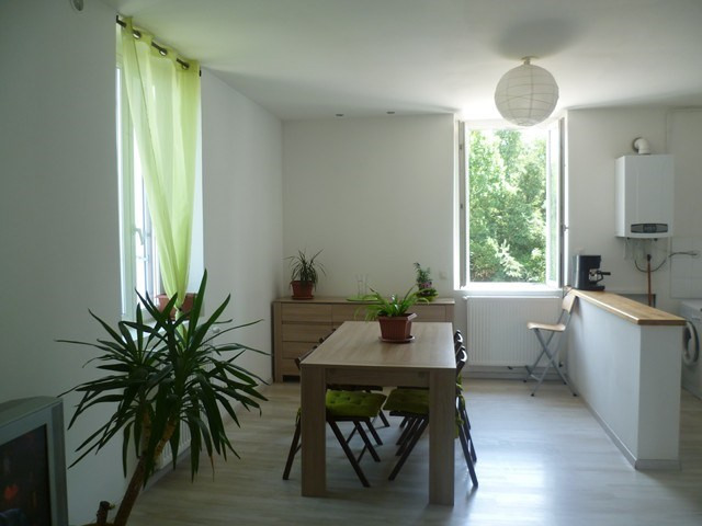 Locação apartamento Roche-la-moliere 565€ CC - Fotografia 3