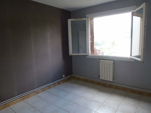 Location appartement St uze 395€ CC - Photo 4