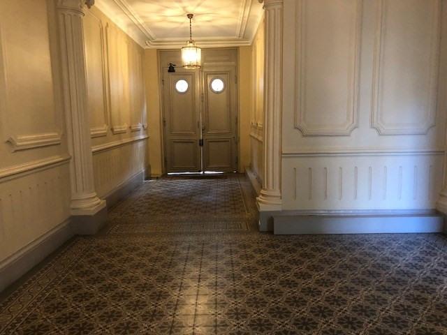 Location appartement Paris 17ème 2520€ CC - Photo 2