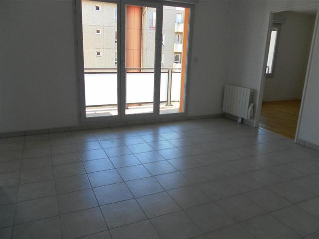 Location appartement Villeurbanne 1 013€ CC - Photo 9