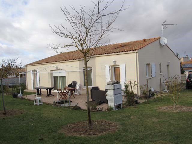 Vente maison / villa Ternant 169 600€ - Photo 1