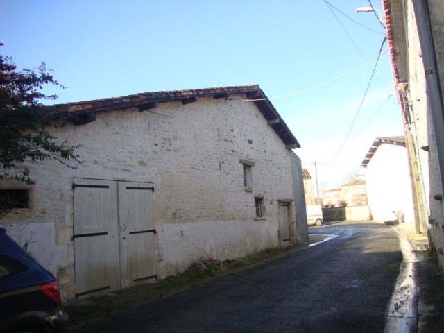 Vente maison / villa Bercloux 64500€ - Photo 3