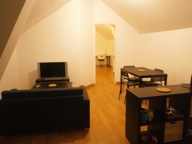 Location appartement Fontainebleau 920€ CC - Photo 5