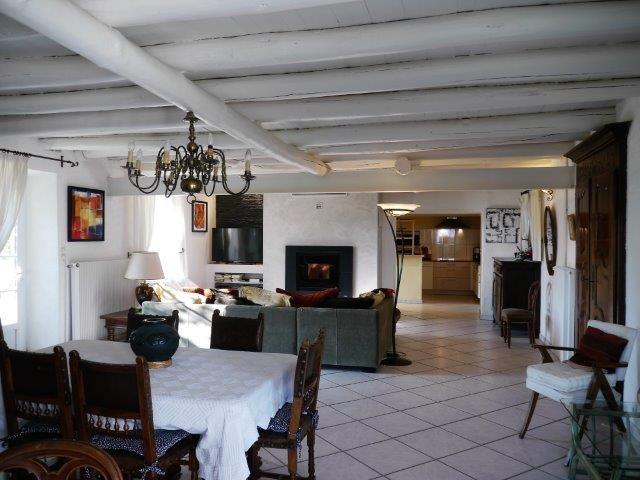 Revenda casa Chambles 352000€ - Fotografia 4