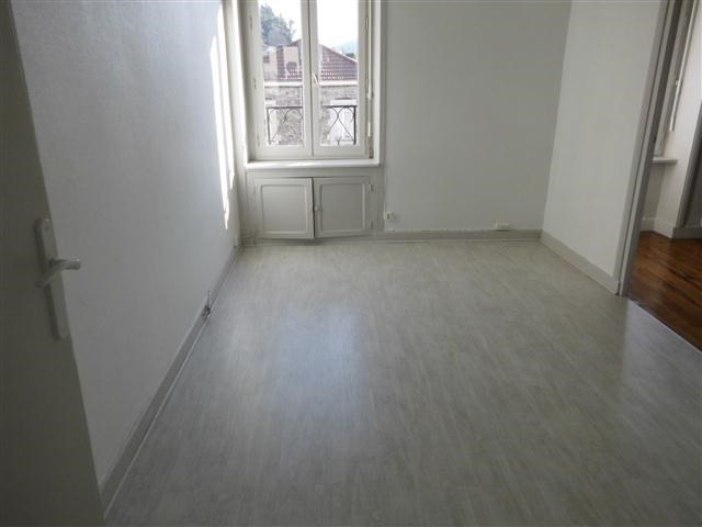 Location appartement Amplepuis 445€ CC - Photo 5