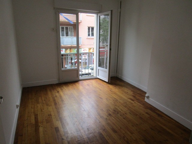 Location appartement St lo 425€ CC - Photo 3