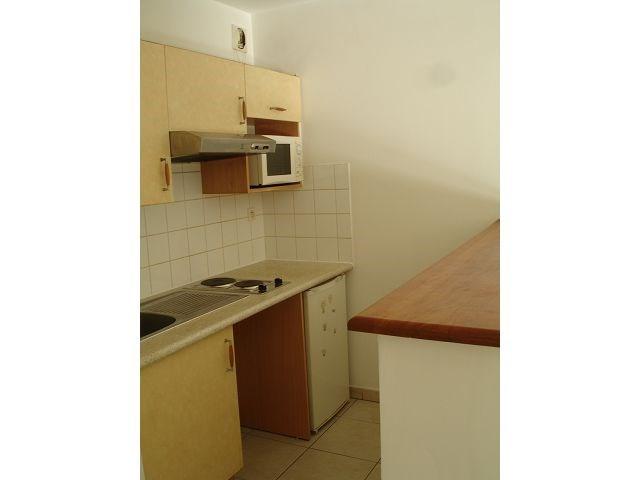 Location appartement St denis 546€ CC - Photo 5