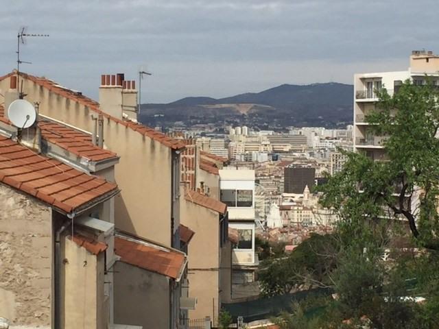 Location appartement Marseille 6ème 520€ CC - Photo 1