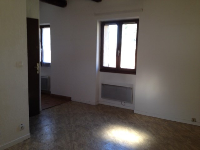 Location appartement Simiane 565€ CC - Photo 3
