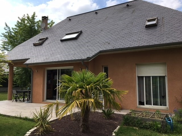 Sale house / villa Juillan 244000€ - Picture 8