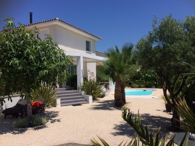 Deluxe sale house / villa Aimargues 565 500€ - Picture 1