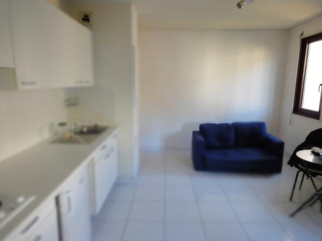 Location appartement Aix en provence 710€ CC - Photo 5