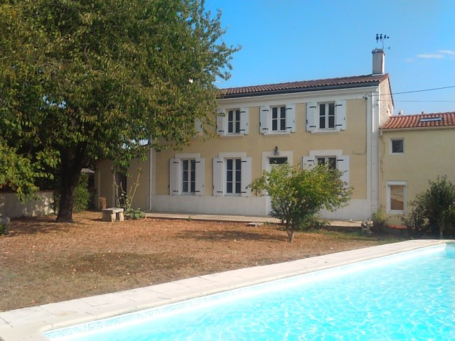 Vente maison / villa La vallée 290 100€ - Photo 2