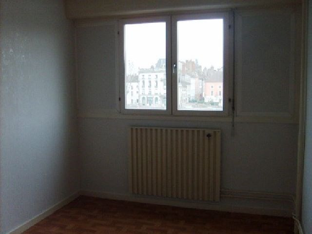 Rental apartment Chalon sur saone 680€ CC - Picture 5