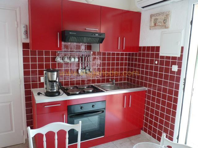 Life annuity apartment Plan-de-cuques 300 000€ - Picture 9