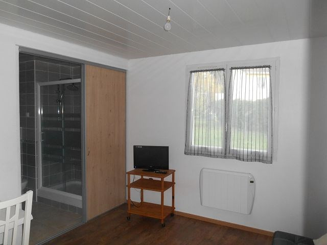 Alquiler  apartamento St quentin fallavier 305€ CC - Fotografía 1