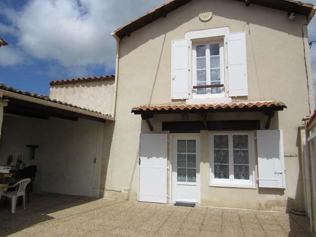 Vente maison / villa Dampierre-sur-boutonne 85500€ - Photo 1