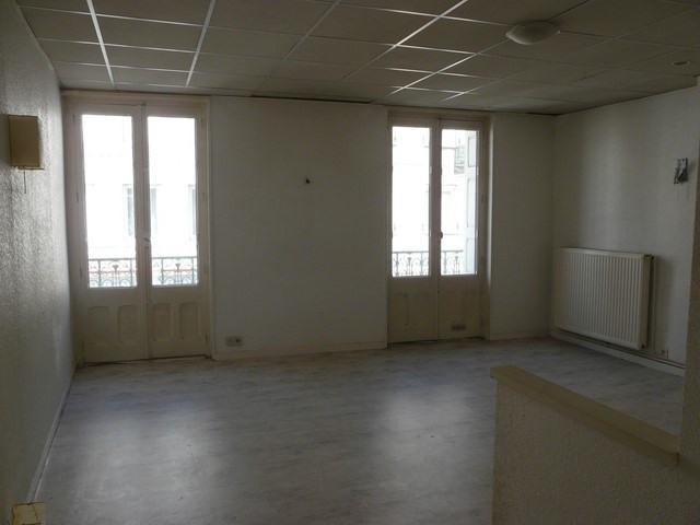 Verkauf wohnung Chambon-feugerolles (le) 48000€ - Fotografie 1
