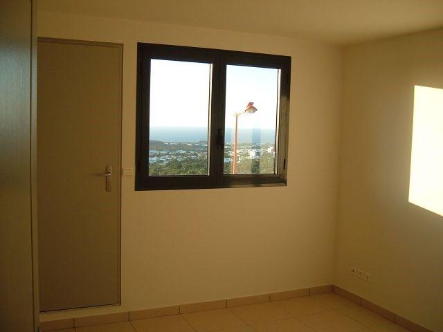Location appartement La possession 561€ CC - Photo 3