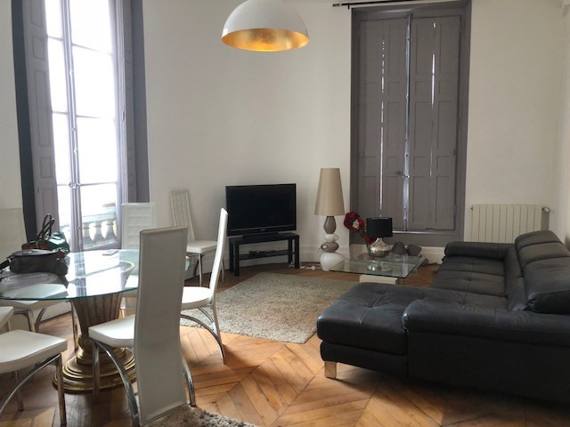 Rental apartment Paris 2ème 3 650€ CC - Picture 1