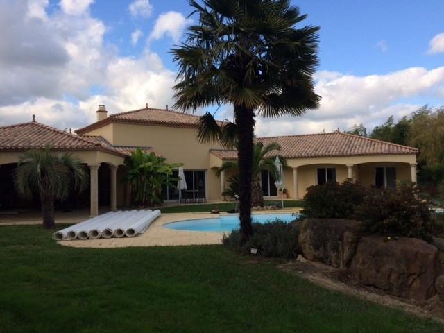 Vente maison / villa Saint-philbert-de-grand-lieu 679000€ - Photo 1