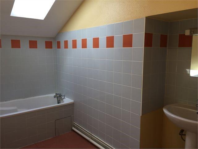 Location maison / villa Avrainville 750€ CC - Photo 10