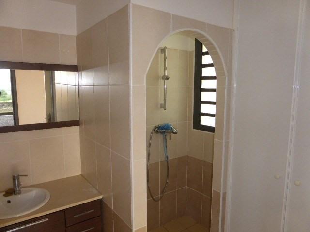 Vente maison / villa St denis 398000€ - Photo 10