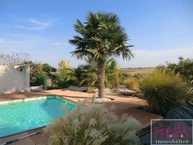 Deluxe sale house / villa Castanet-tolosan 5 minutes 415000€ - Picture 2