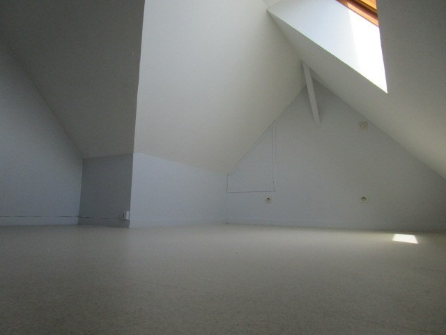 Location appartement St lo 305€ CC - Photo 3