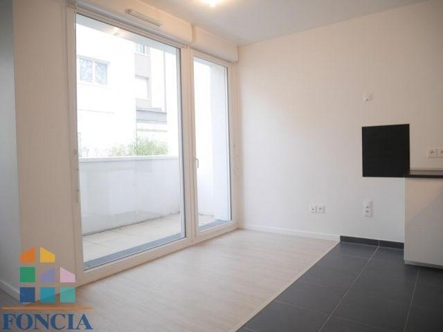 Location appartement Nanterre 946€ CC - Photo 3