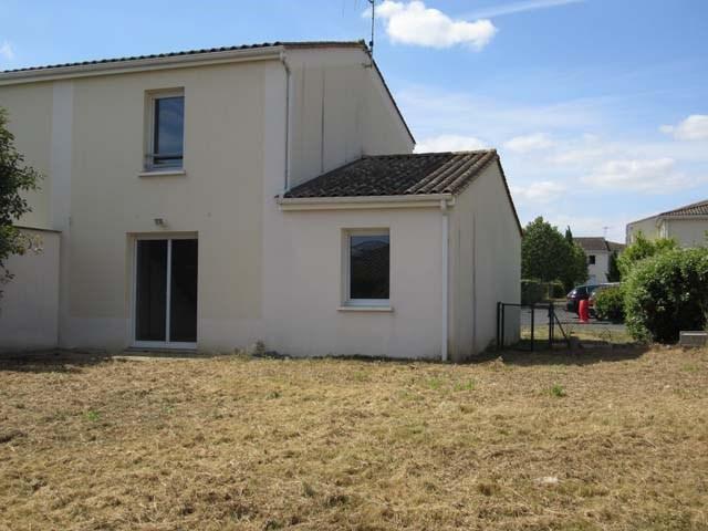 Vente maison / villa Saint-jean-d'angély 93090€ - Photo 1