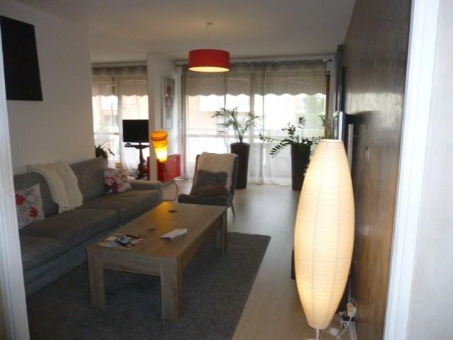 Sale apartment St raphael 263000€ - Picture 2