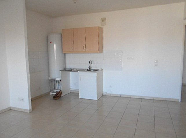 Location appartement Villeurbanne 808€ CC - Photo 3