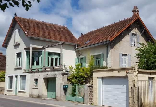 Sale house / villa Louhans 5 mns 130000€ - Picture 1