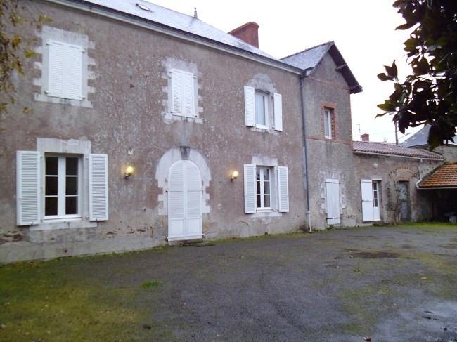 Vente maison / villa Corcoué-sur-logne 267000€ - Photo 1