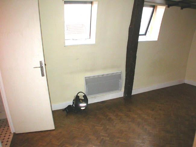 Location appartement Paris 6ème 886€ CC - Photo 2