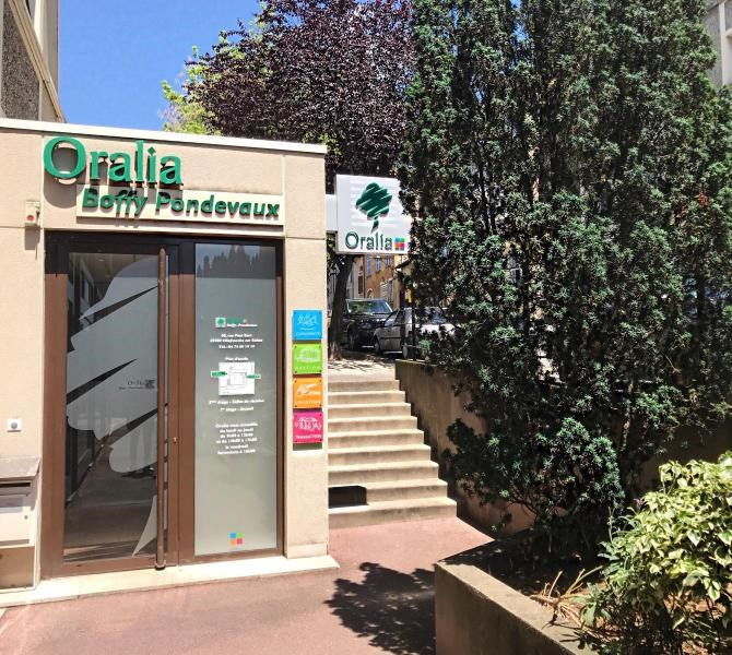 Location parking Villefranche sur saone 73€ CC - Photo 1