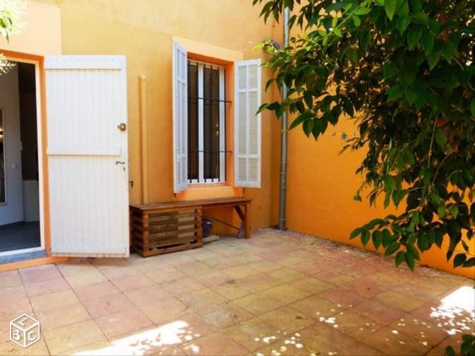 Location appartement Aix en provence 907€ CC - Photo 2