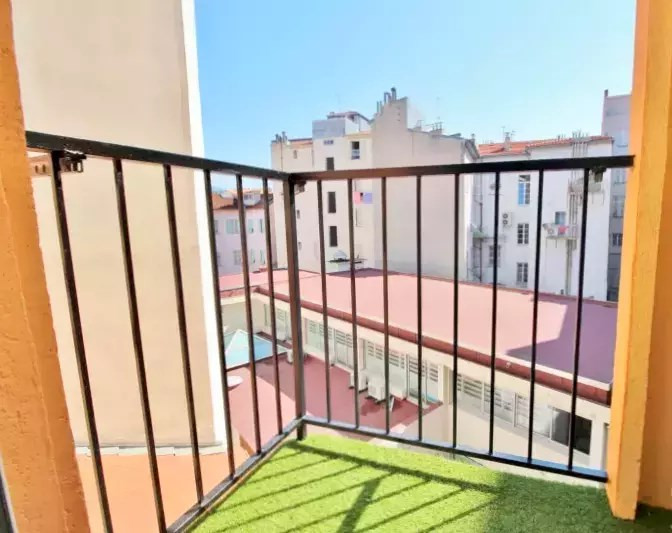 Sale apartment Nice 330000€ - Picture 6