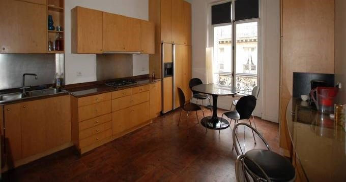 Location appartement Paris 8ème 5 240€ CC - Photo 6